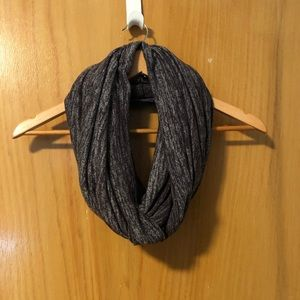 Wilfred Free Circle Scarf